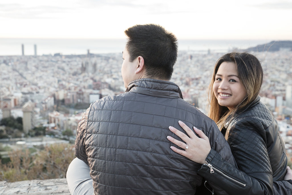 Barcelona surprise proposal photographer