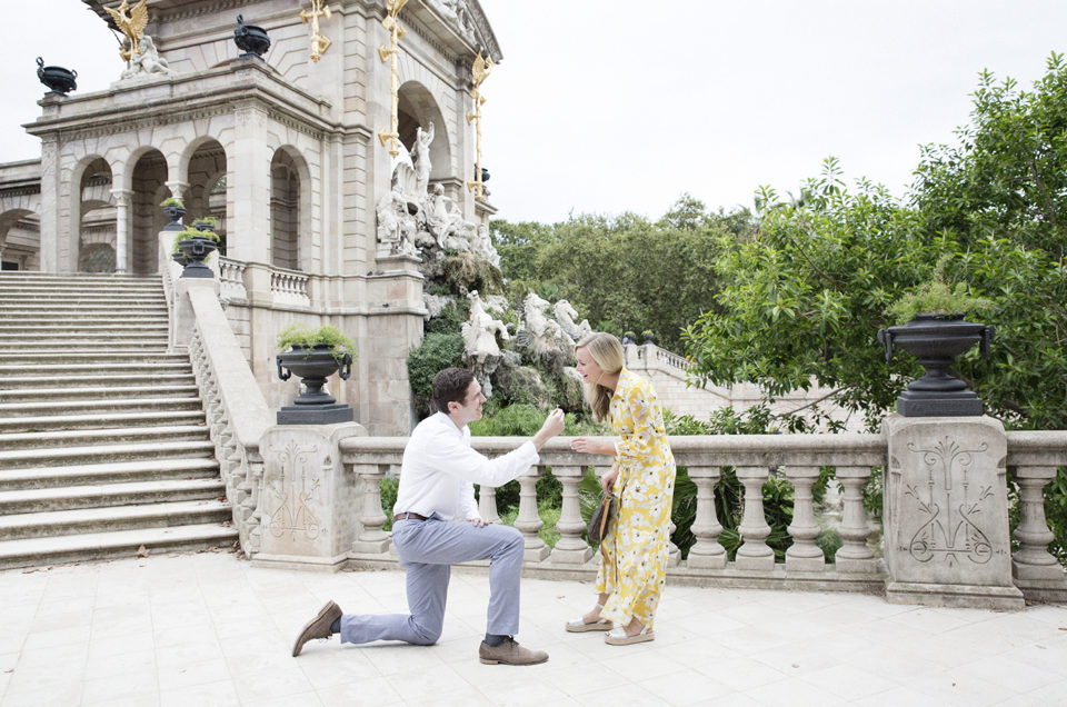 Marriage proposal in Ciutadella Park, Barcelona