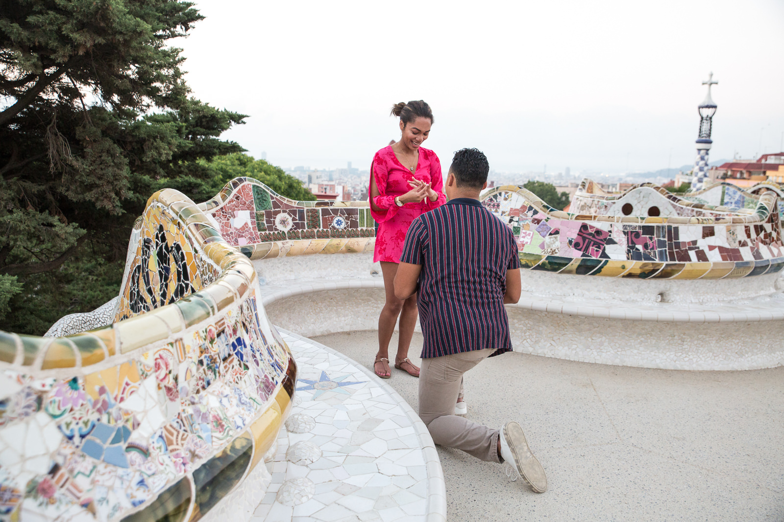 Surprise marriage proposal in Barcelona | Natalia Wisniewska Photography