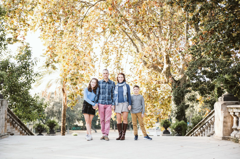 Family photo session in Ciutadella Park and El Borne district