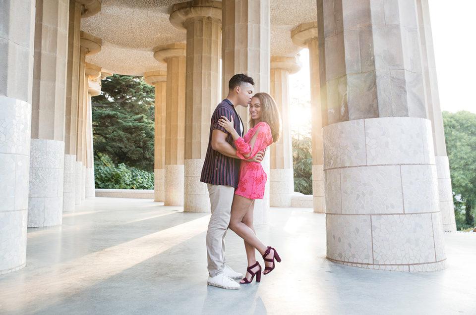 Surprise marriage proposal in Park Güell