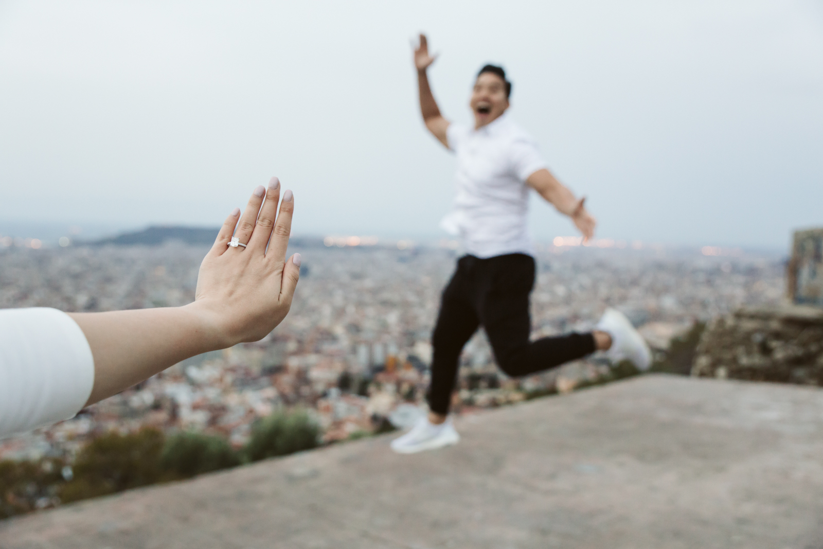 Surprise marriage proposal in Barcelona   Natalia Photography