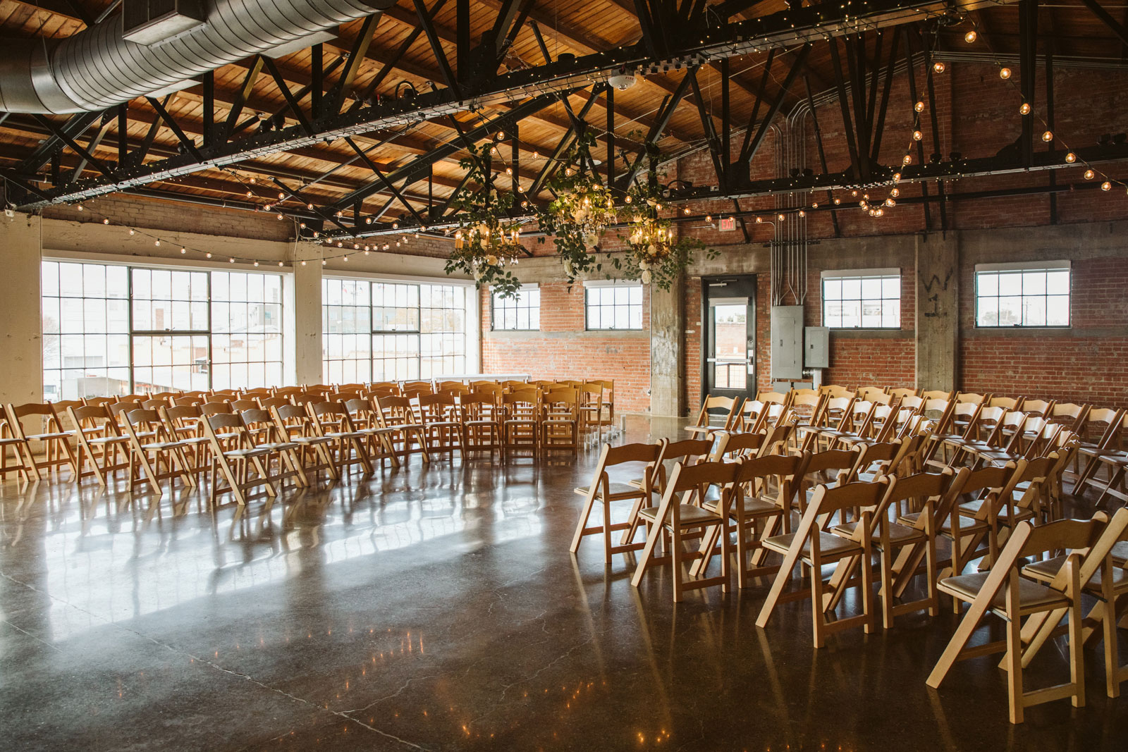 Destination wedding photographer Dallas Hickory Street Annex